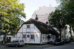 historisches Fachwerkgebäude in der Winterhuder Ulmenstrasse Ecke Buchenstrasse.
