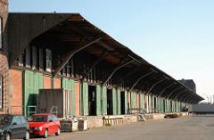 Lagerschuppen am der Australiastasse - historisches Hafengebäude auf dem Kleinen Grasbrook.