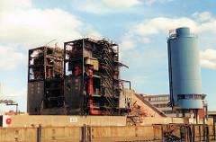 scan_3a3-2001 Abriss der HEW Gebäude beim Magdeburger Hafen / Strandkai (2001)
