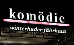 Beleuchtetes Logo Komödie Winterhuder Fährhaus,