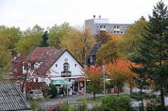 Blick über den Bramfelder Dorfplatz