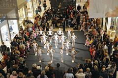 Aufführung Ballettzentrum Hamburg - John Neumeier - Aufführung + öffentlcihe Proben AEZ Hamburg Poppenbüttel.