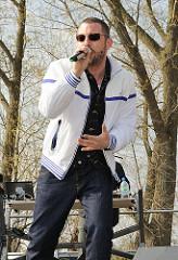 Das B0 - Rapper und Hip-Hop-Musiker vor dem AKW Brunsbüttel 24.04.2010