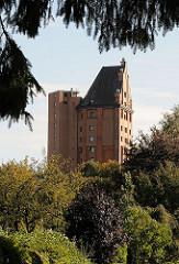 Stellinger Wasserturm - erbaut 1912, Höhe knapp 48m, Backsteinbau.