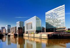 Hamburgs moderne Architektur in der Hafencity - Quartier Brooktorkai, Ericus.
