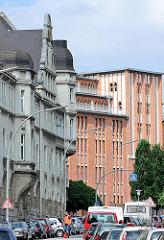 Hausfassade und Gebäude des Hühnerposten in Hamburg Hammerbrook / Norderstrasse.