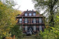 Frontansicht des Wohldorfer Herrenhauses.