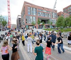 Swingtanz Veranstaltung am Magdeburger Hafen in der Hamburger Hafencity.