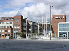 Eingang der Airbuswerke Hamburg Finkenwerder.