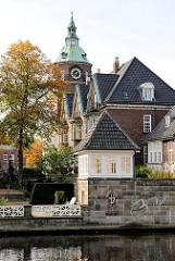 Architektur des St. Johannisklosters an der Alster in Hamburg Eppendorf - erbaut 1914, Architekten Richard Kahl und Ludwig Endresen.