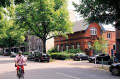 Altes Ziegelgebäude an der Jarrestrasse - Bilder aus Hamburg Winterhude.