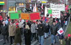 Demonstration gegen die Schliessung der Harburger Phönixwerke und die Entlassung von 750 Arbeitern. ( 2004 )