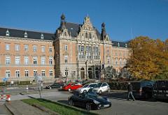 Hamburg Neustadt - Architektur in der Hansestadt - Strafgerichtsgebäude am Sievekingplatz.