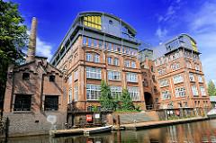 Historische Industriearchitektur am Kanal in Hamburg Hammerbrook - Bilder aus den Stadteilen Hamburgs.