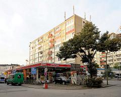 Essotankstelle Reeperbahn - Essohäuser, Hochhäuser am Spielbudenplatz im HH Sankt Pauli / 2012.