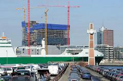 Blick vom Hansahafen, Kleiner Grasbrook über die Norderelbe zur Baustelle der Elbphilharmonie im Hamburger Stadtteil Hafencity. (03/2010)