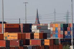 Stadtteil Altenwerder Bezirk Hamburg Harburg - Kirchturm St. Gertrudkirche Container