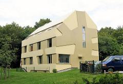 Moderne Architektur in Hamburg Lohbrügge - HomeHouse, ein Zuhause für Kinder  fertig gestellt 2008 - Architekten J. Mayer H., Berlin