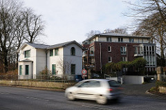 historisches Gebäude - Neubau an der Elbchaussee in Hamburg Othmarschen. Motive aus der Hansestadt.