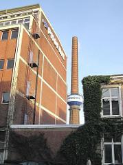 Industriegebäude Schornstein Schriftzug Phoenixwerke Hamburg Harburg