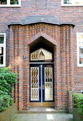 Expressionistische Bauform - Wohnhaus mit Klinkerfassade in Hamburg Eppendorf.