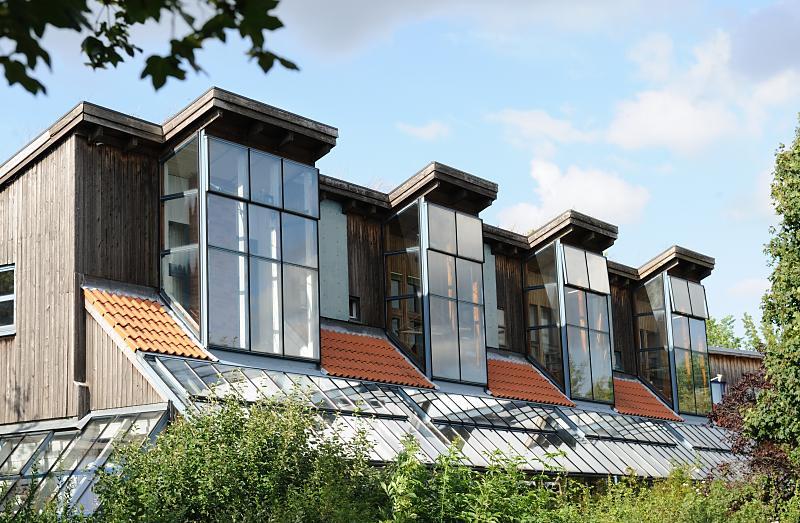 """bildarchiv-hamburg.com: Foto """"Glasfenster am Dach eines ..."""