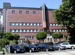 Backsteinarchitektur Hamburg Eppendorf - Bauen der 1920er Jahre - Postgebäude Eppendorfer Landstrasse.