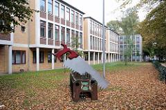 Staatliche Gewerbeschule Stahl- und Maschinenbau in Hamburg Hohenfelde.