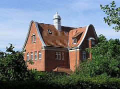Historisches Bahnhofsgebäude am Rübenkamp, Hamburg Barmbek.