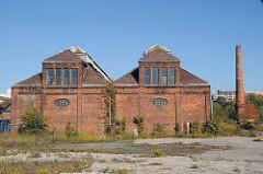Architektur Hamburgs - historische Industriegebäude Baustoff Ziegel, Klinker - verlassene Industiegebäude am Billbrookdeich.