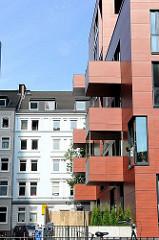 Architektur Hamburg - neue Gebäude in Hamburg St. Pauli - alter Bestand.