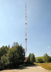 Sendemast in Höltingbaum; der 250m hohe Sendeturm ist das dritthöchste Bauwerk in Hamburg.
