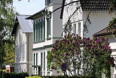 Historische Einzelhäuser in Hamburg Osdorf - Fotos aus den Stadtteilen - Architektur Hamburgs.
