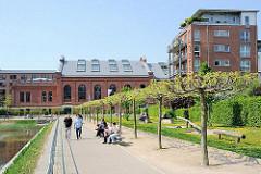 Historische und moderne Architektur  - Gaswerk Bahrenfeld, Bahrenpark.