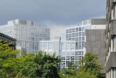 Moderne Hamburger Architektur - Büro- und Verwaltungsgebäude in der City Nord - Architekturfotografie Hamburgs.