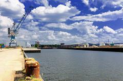 Versamannkai und Petersenkai des Baakenhafens - Bilder aus dem Stadtteil Hamburg Hafencity.