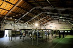 Kunstaustellung zum Tag des Oberhafens 2012 in der Lagerhalle 3 - alte Lagerhalle im Oberhafen der Hafencity Hamburg.