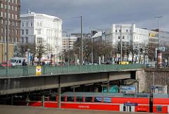 Hamburgfotos aus den Stadtteilen - Aufnahmen aus Hamburg St. Georg.