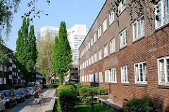 Wohnen in Hamburg Architektur in der Hansestadt - Altbauten, Vorkriegsbauten - Friedrich Ebert Hof.