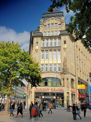 Hamburgs Architektur - Geschäftshaus an der Spitaler Strasse - fertig gestellt 1910 - Architekt Franz Bach.
