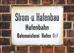 Altes Emailleschild - Strom- u. Hafenbau / Hafenbahn, Bahnmeisterei Hafen-Ost.
