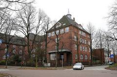 Gesamtschule Rhiemsweg - Schulgebäude im Stadtteil Horn. Backsteingebäude in den Hamburger Stadtteilen - Hamburgs historische Architektur.