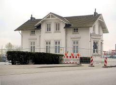 Historische Villa am Ausschläger Elbdeich, Villa Hintzpeter HH-Rotenburgsort.
