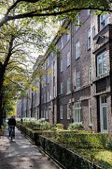 Hausfassade - Wohnblocks - Klinkerbauten in Hamburg Dulsberg.