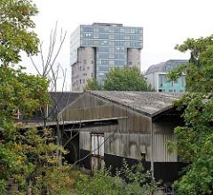 ehemaliges Silogebäude umgebaut zum Bürogebäude - alte Lagerschuppen.