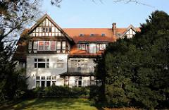 Architektur Hamburger Wohnhäuser - Villa Elbvorort Othmarschen - Elbchaussee - Chinesischen Konsulat.