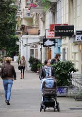 Bilder aus Hamburger Stadtteilen - Hoheluft Ost - Einzelhandel in der Hegestrasse.