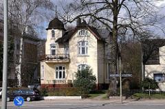 Stadtvilla am Bahrenfelder Marktplatz - Stadtteilbilder Hamburg Bahrenfeld