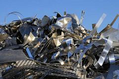 Aluminiumschrott zur Wiederaufbereitung in der Aluminiumhütte von Hamburg.