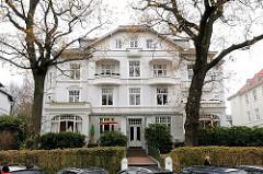 Einzelhaus - Etagenwohnungen - Jugendstilgebäude Bellmannstrasse.